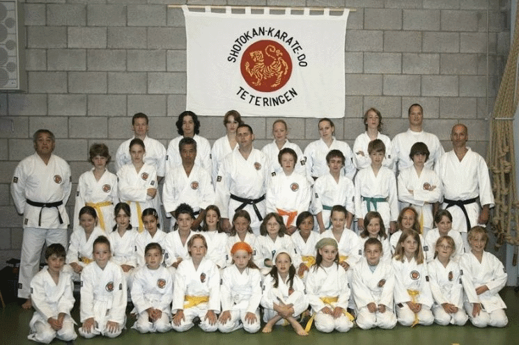 Groepsfoto Shotokan Karate-Do Teteringen